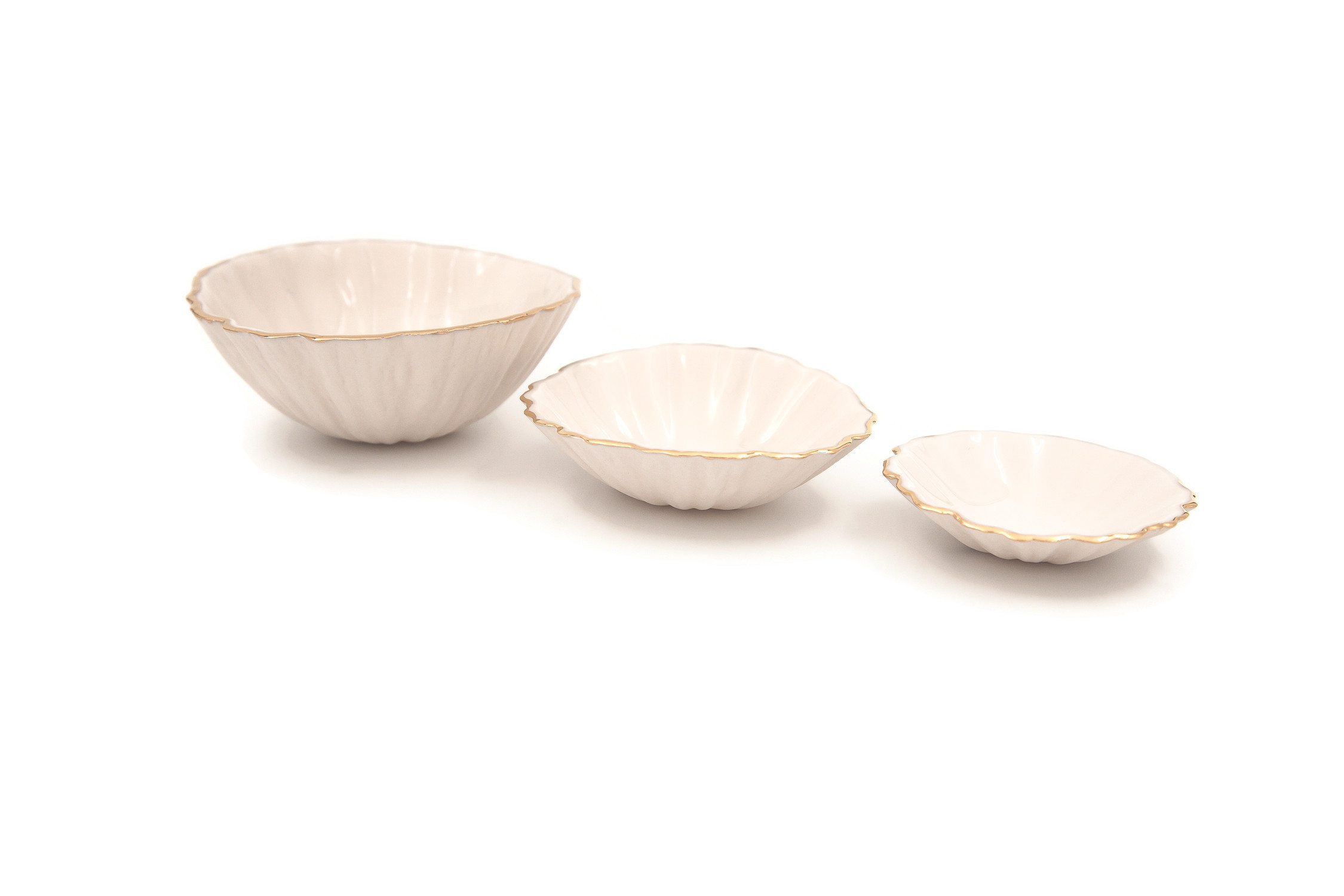 Handmade Porcelain Nesting Bowls (Set of 3)...