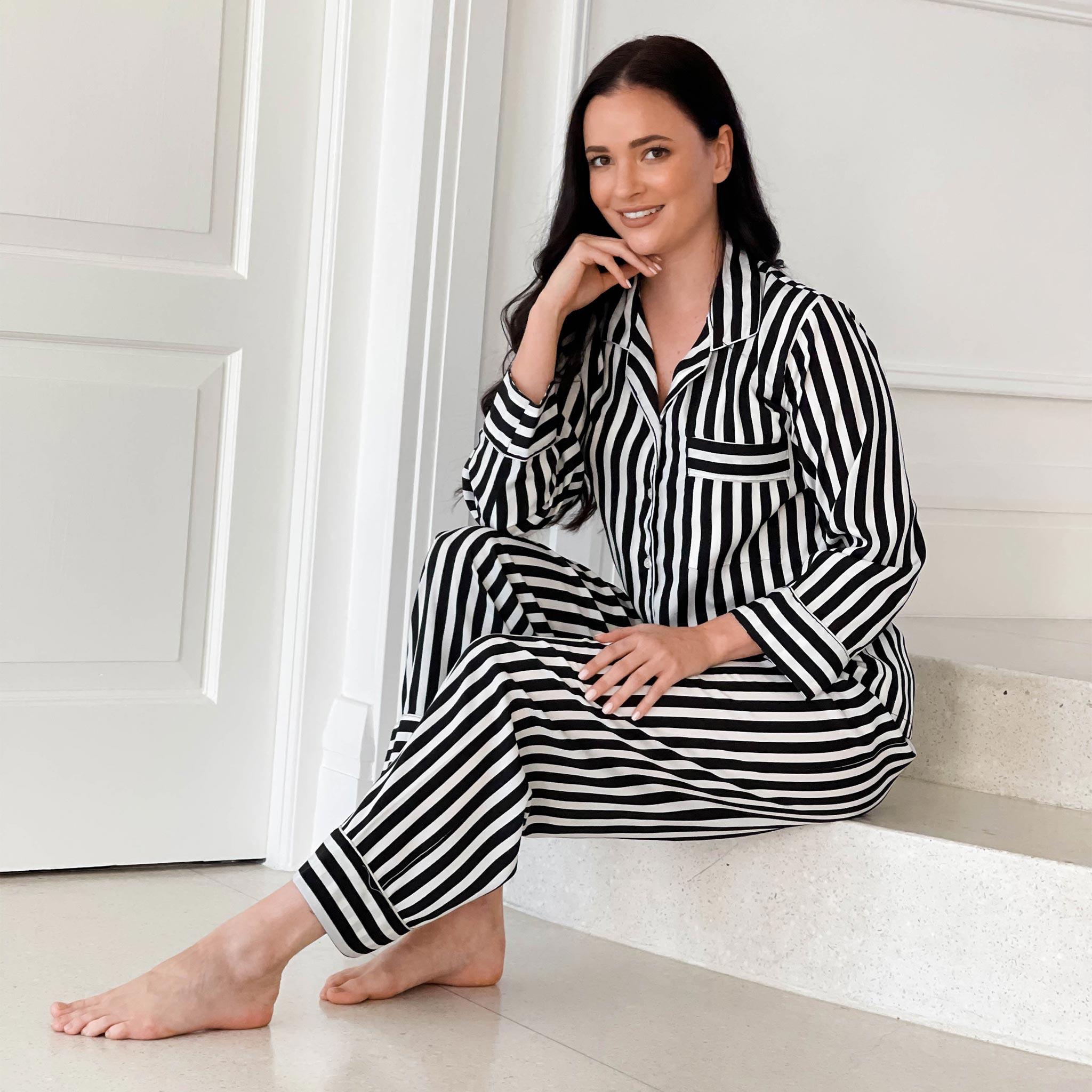 Women's Luxurious Sleepwear Black & White Striped Pajamas